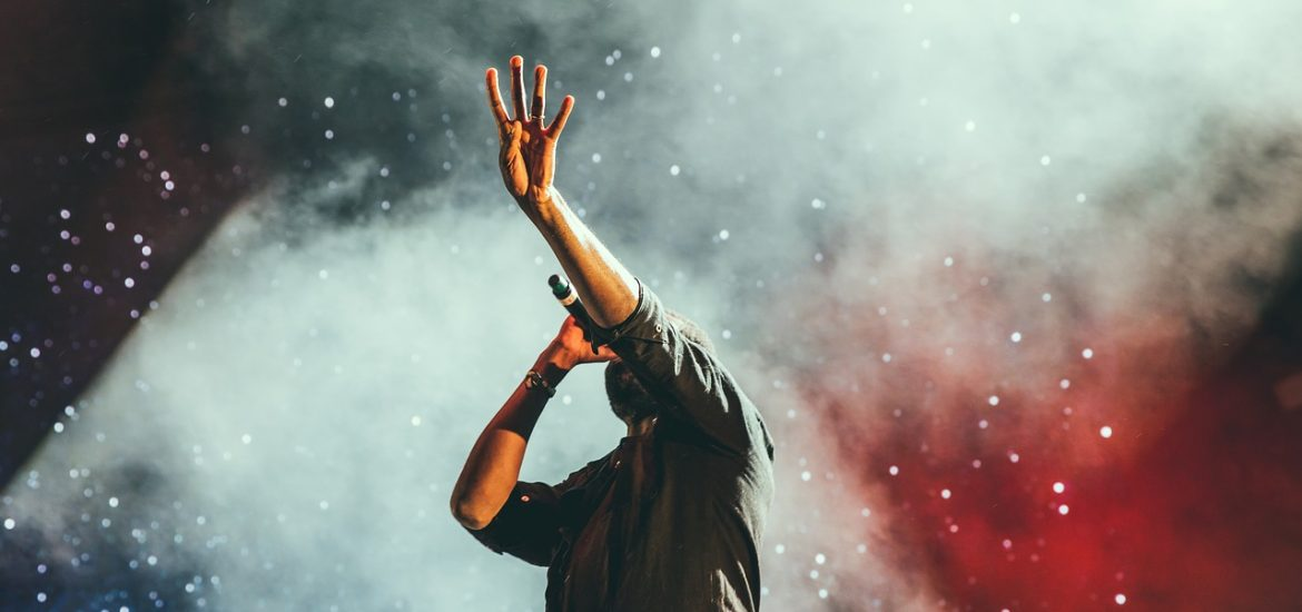 How music promotion companies help you get instant success